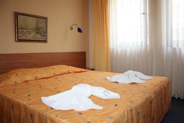 Prince Cyril Hotel - фото 5