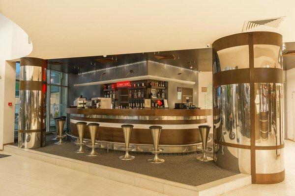 Отель Арсена Бийч - фото 10