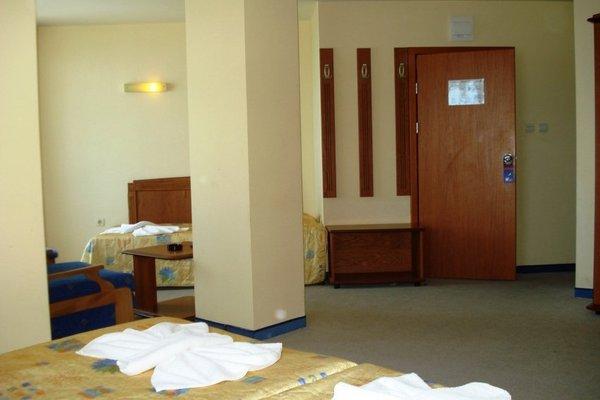 Family Hotel Evridika - фото 4