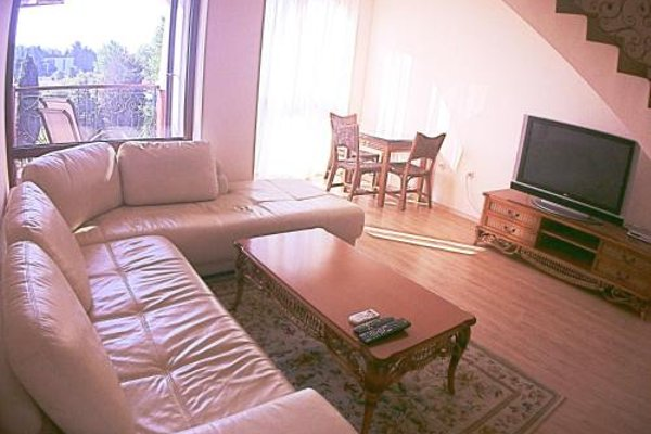 Apartments in Chateau Del Marina Complex - фото 12