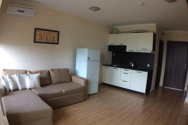 Apartments in Chateau Del Marina Complex - фото 16