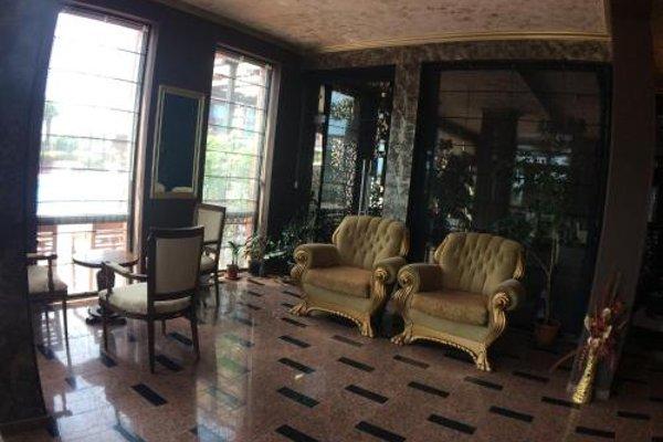 Apartments in Chateau Del Marina Complex - фото 20