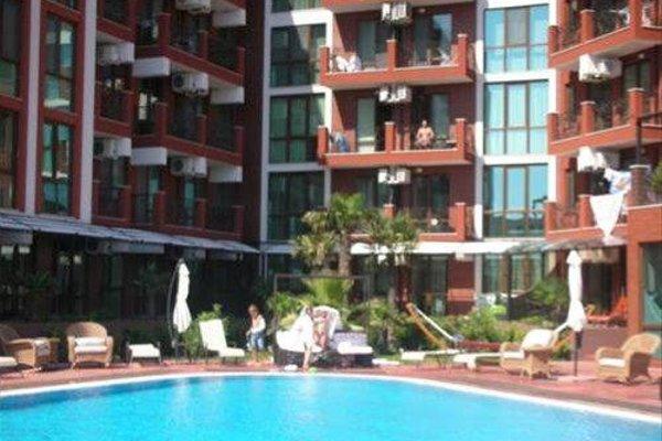 Apartments in Chateau Del Marina Complex - фото 6