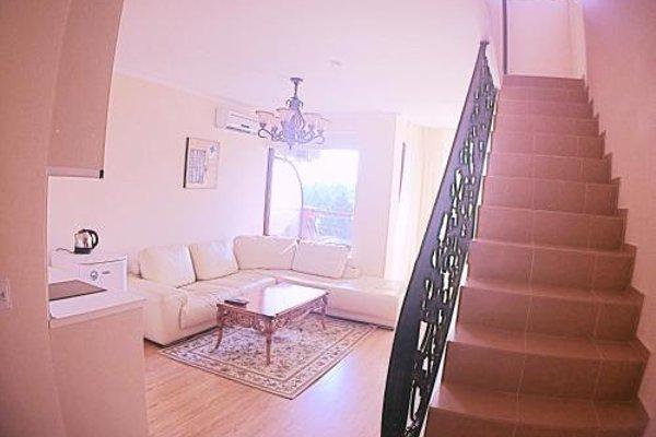 Apartments in Chateau Del Marina Complex - фото 9