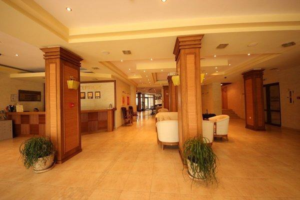 Menada Regina Mare Apartments - фото 14
