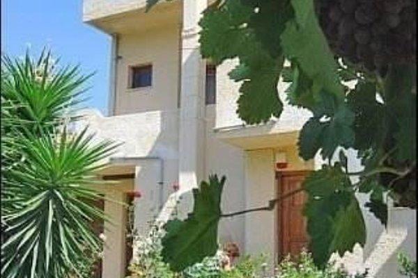 Dimitra Apartments - фото 19