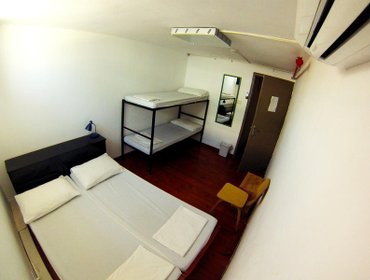 Хостел Overstay-TLV Backpackers Hostel