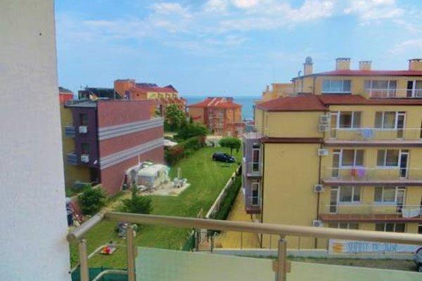 Apartments in Azalia 2 Complex - фото 21
