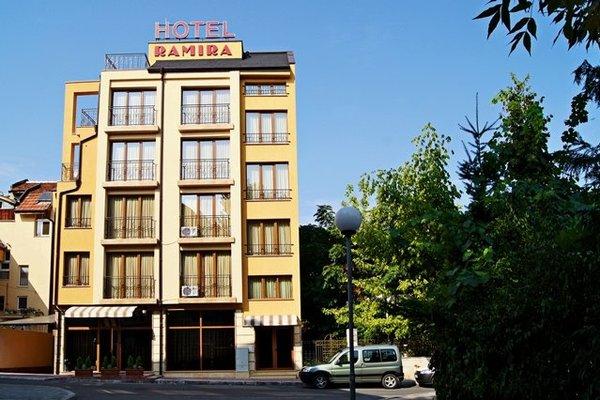Family Hotel Ramira - фото 21