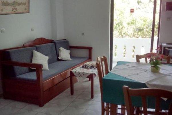 Emilia Apartments - фото 4