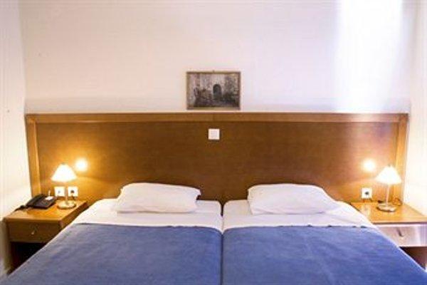 Hiona Holiday Hotel - фото 4