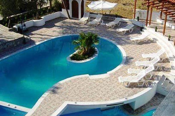 Pyrgos Hotel - 21