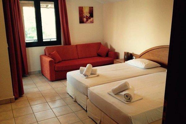 Pyrgos Hotel - 3