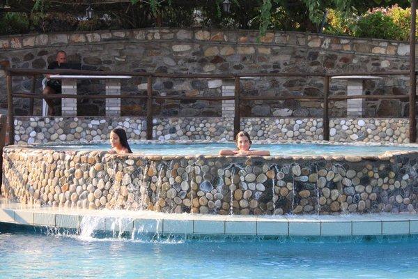 Athorama Hotel - 15