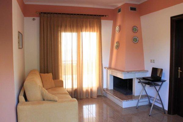 Athorama Hotel - 5