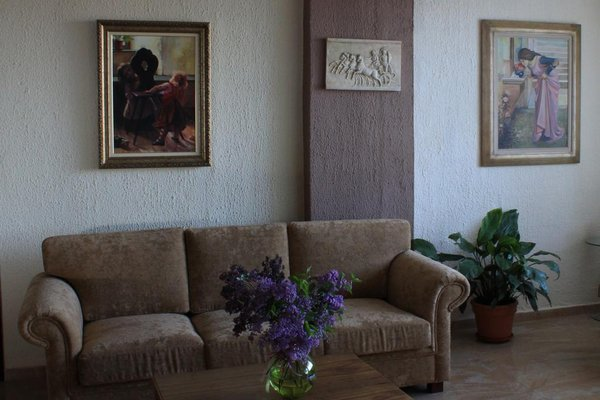 Athorama Hotel - 8