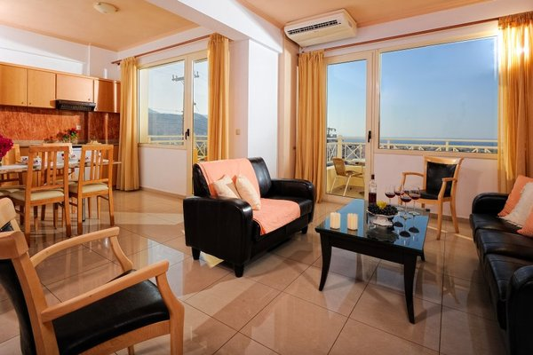 Notos heights Hotel & Suites - фото 4