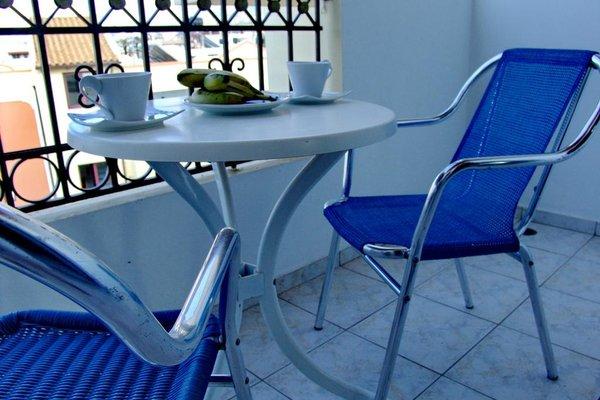 Irida Hotel Apartments - фото 12