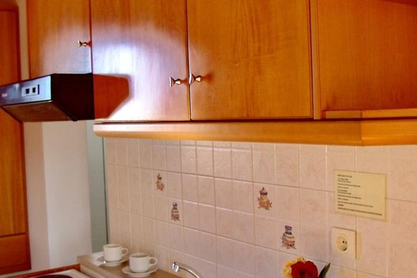 Irida Hotel Apartments - фото 16