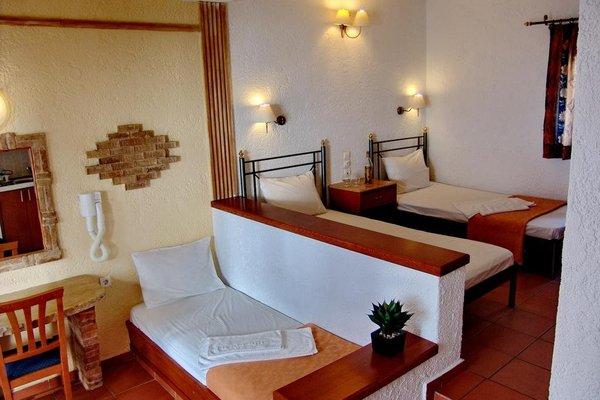 Irida Hotel Apartments - фото 3