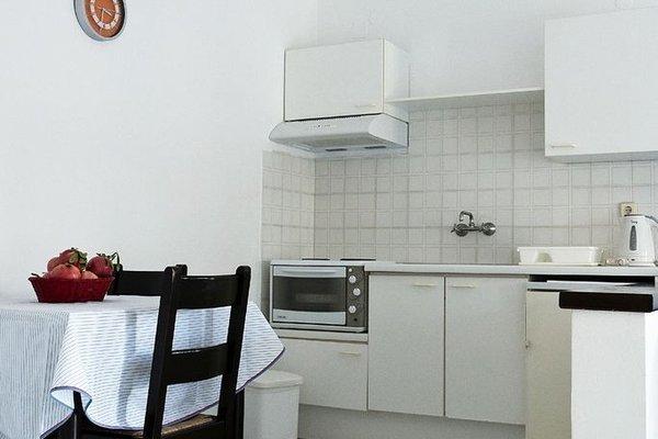 Sirius Apartments - фото 10