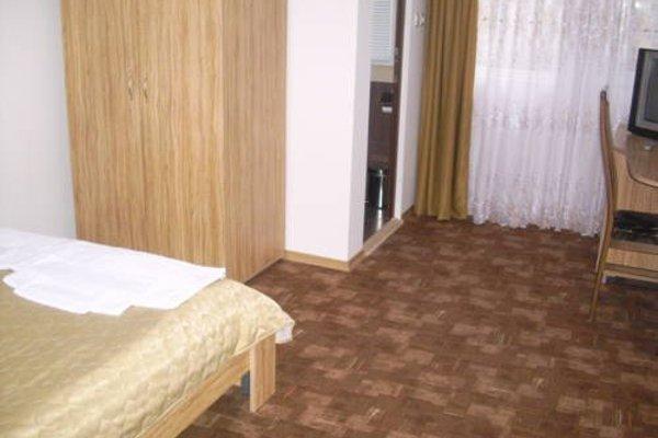 Blyan Family Hotel - фото 4