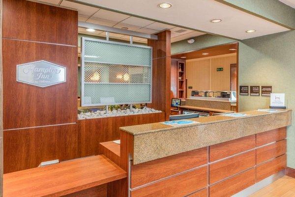 Hampton Inn by Hilton-Queretaro Tecnologico - 10