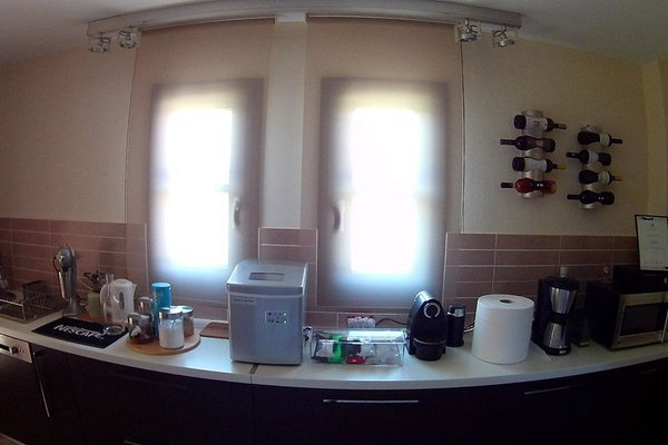 Helianthus Guesthouse - фото 10