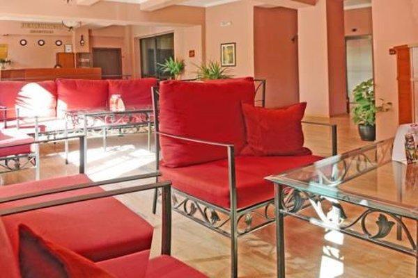 Family Hotel Balkana - фото 9