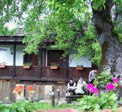 Dzhelepova Guest House- Pool Access