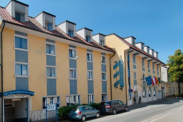 City Hotel Stockerau - фото 23