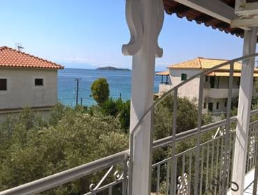 Apartments Azalea View Skiathos studios