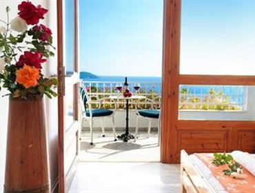 อพาร์ทเมนท์ Irida Aegean View-Philian Hotels and Resorts