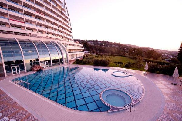 Курортный отель Respect Hall Resort & SPA - 20