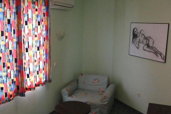 Hotel Biju - 12
