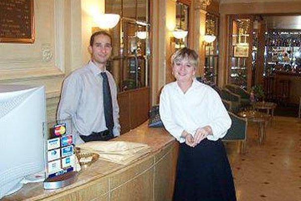 Hotel Royal Elysees - 14