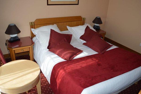 Hotel Royal Elysees - 3