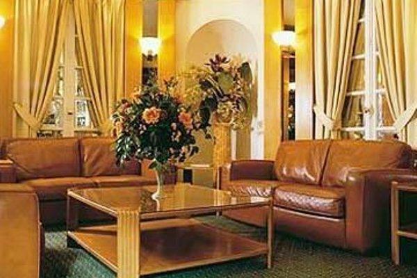 Hotel Royal Elysees - 7