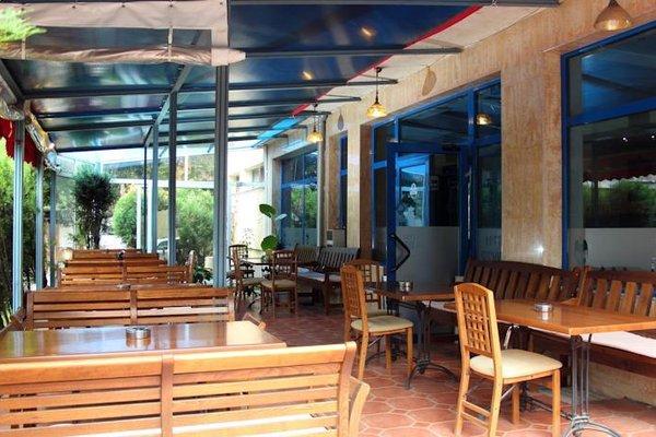 Fenix Hotel - фото 12