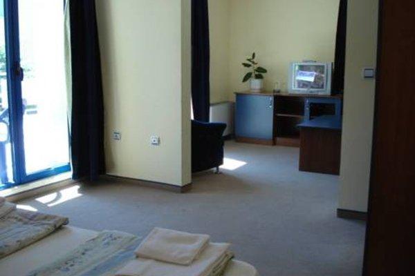 Fenix Hotel - фото 17