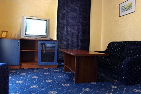 Fenix Hotel - фото 6