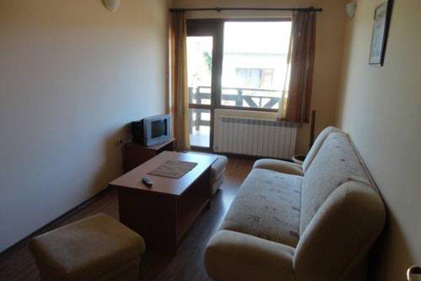 Saint Nikola Family Hotel - 3