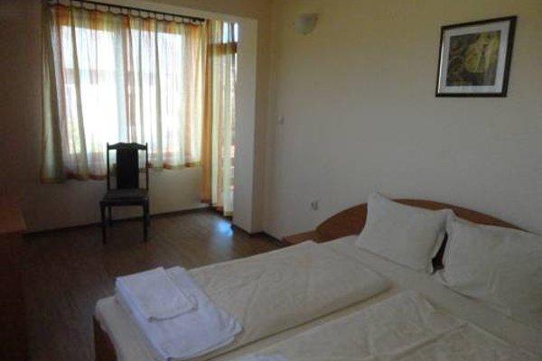 Saint Nikola Family Hotel - 6
