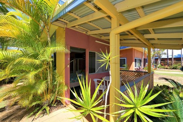 Bargara Gardens Motel and Holiday Villas - фото 18