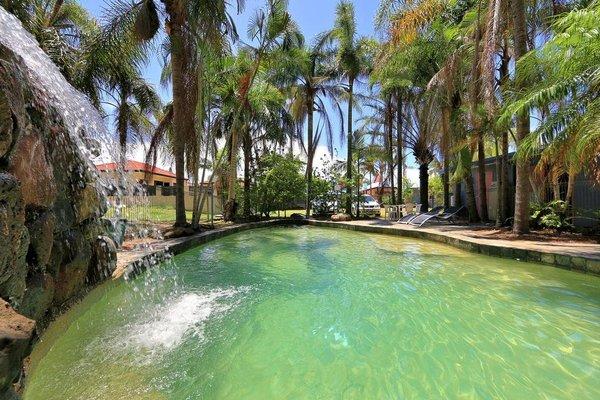 Bargara Gardens Motel and Holiday Villas - фото 21