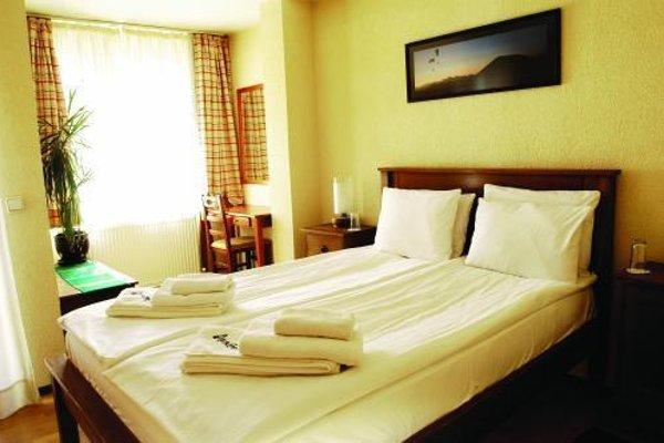 Hotel Avalon - 26