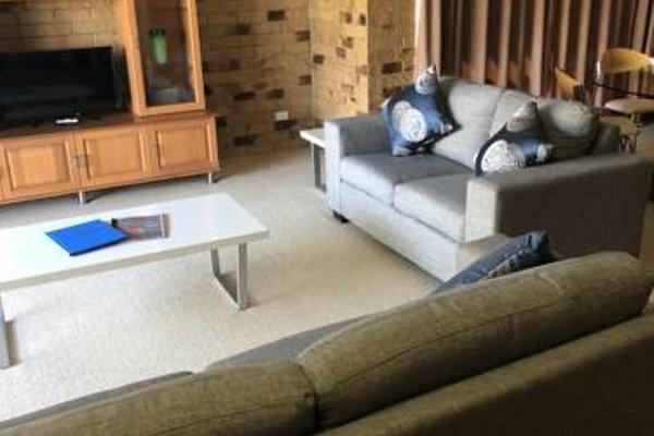 Bribie Waterways Motel - фото 4