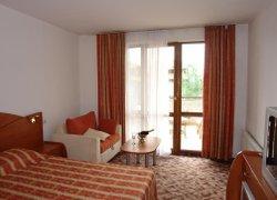 Отель Elegant фото 3