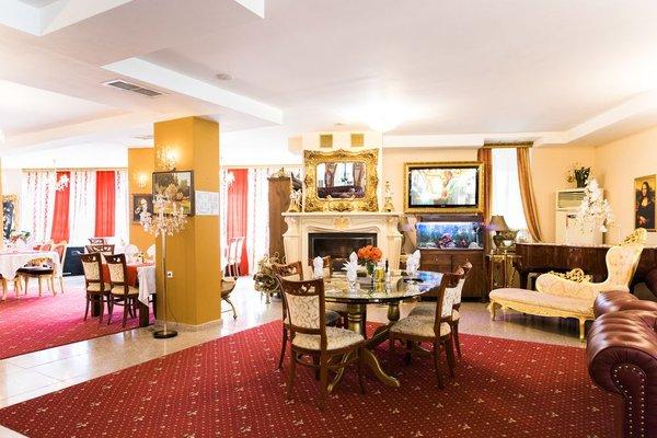 Elegant Lux Hotel - фото 6
