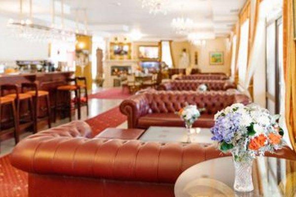 Elegant Lux Hotel - фото 8
